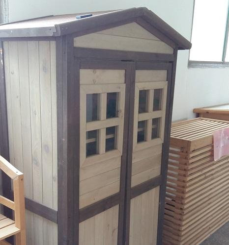 Anti-corrosion tool cabinet - Wooden material