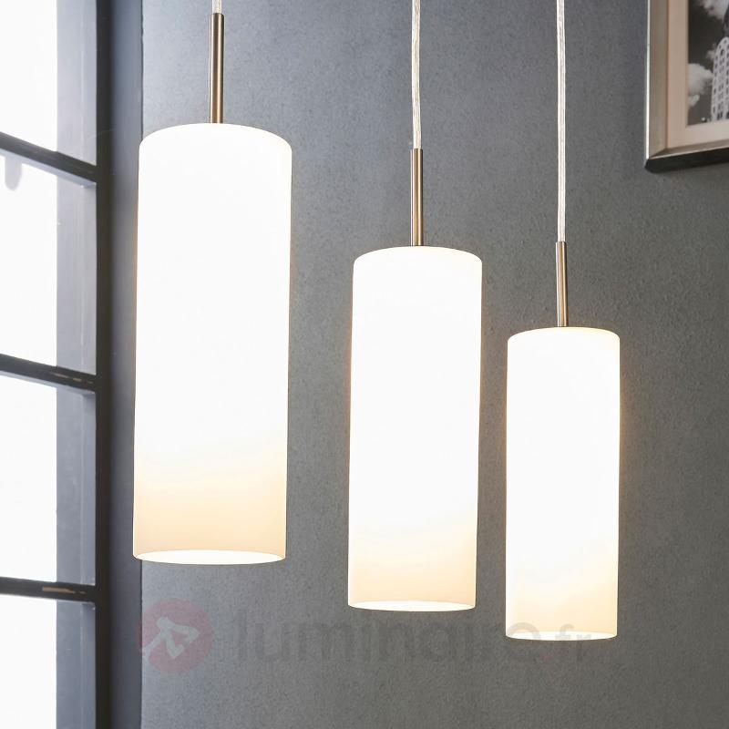 Suspension à 3 lampes Vinsta en verre blanc - Suspensions en verre