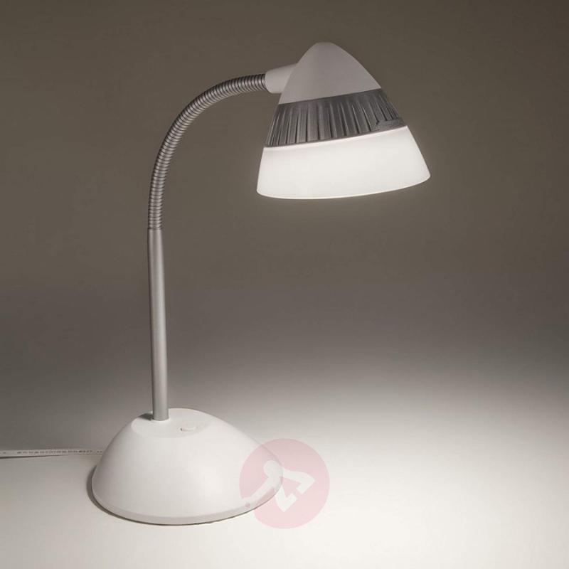 Attractive Cap LED desk lamp - indoor-lighting