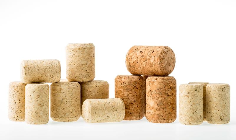 Agglomerated cork stoppers - null