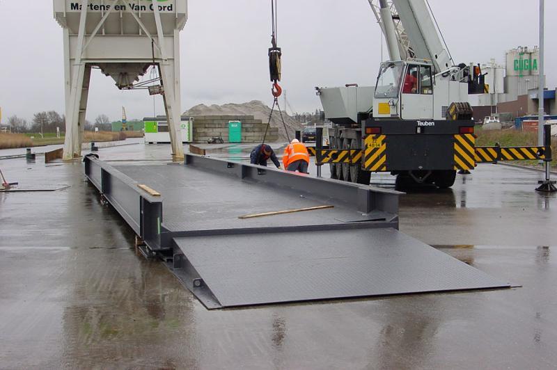 Weighing bridges - Trucks - Above-ground, steel/concrete