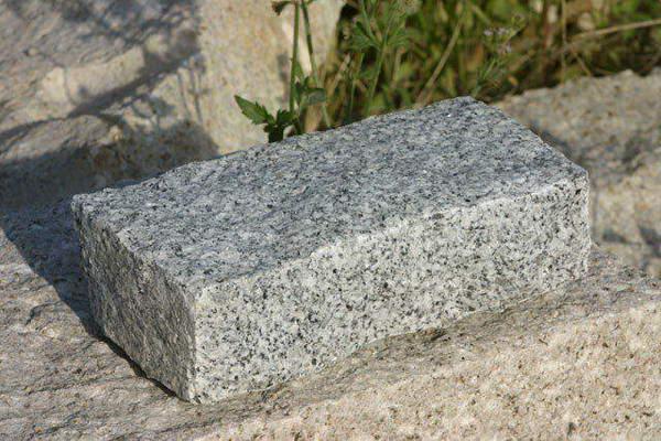 SIlver Grey Granite Setts - block paving setts