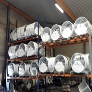 Herstellung von Metallteilen - Im Durchschnitt oder große Serien