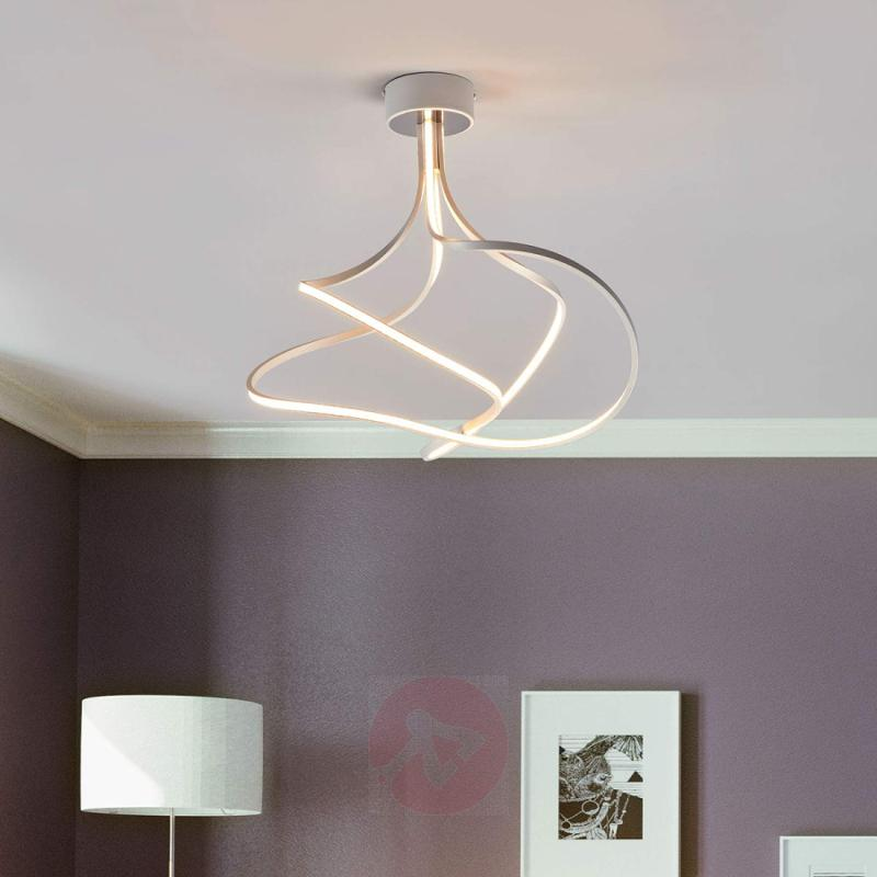 Lungo - bold LED ceiling light - indoor-lighting