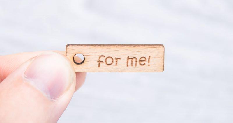 Etiquettes de bois de hêtre gravées au laser -