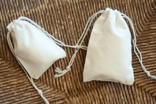 """Unbleached muslin 3""""x5"""" drawstring bags - We carry all types of fabric bags including cotton drawstring bags, jute and mus"""