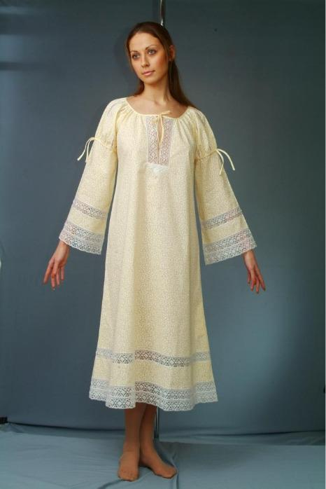 Light nightgown made of 100% cotton. - A nightgown with long sleeves  and length below the knee