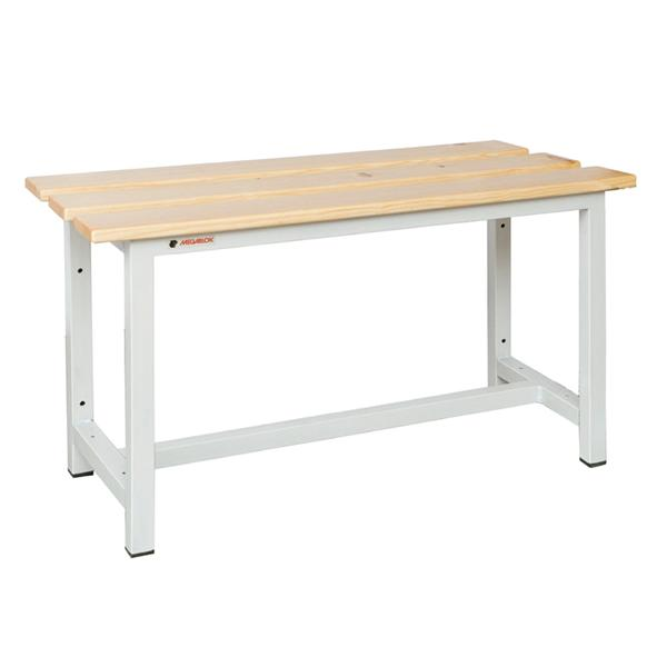 Banco sencillo de madera