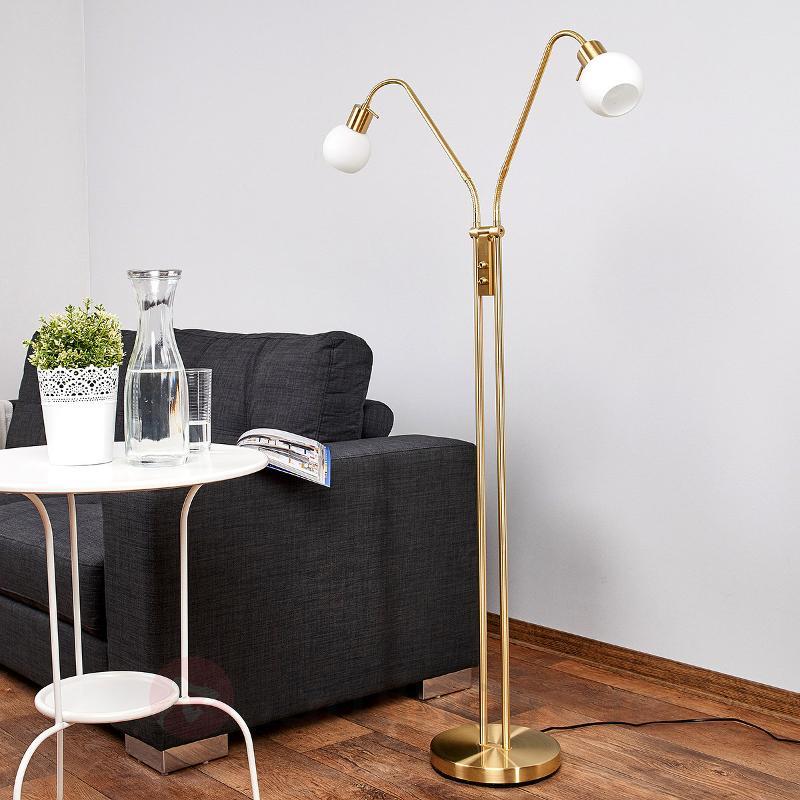 Lampadaire LED Elaina à 2 lampes, laiton - Lampadaires LED