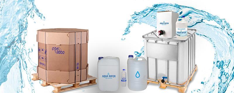 agua destilada - pura y limpia