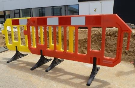 Plastic pedestrian barrier 2 m / H 1 m orange - weight 1 ... - SIHEKNAPL