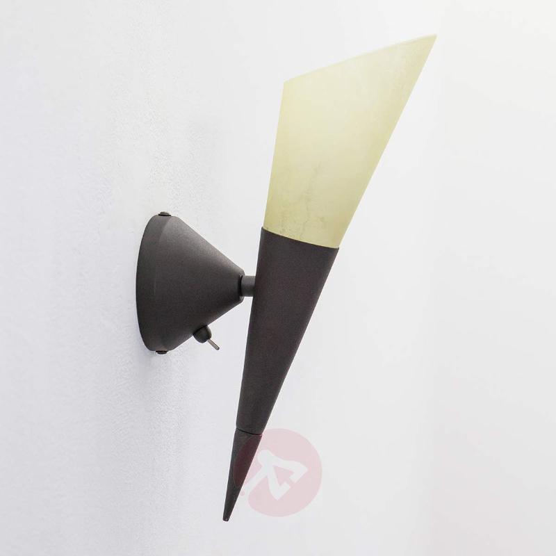 Alva wall light with an E14 LED lamp - Wall Lights