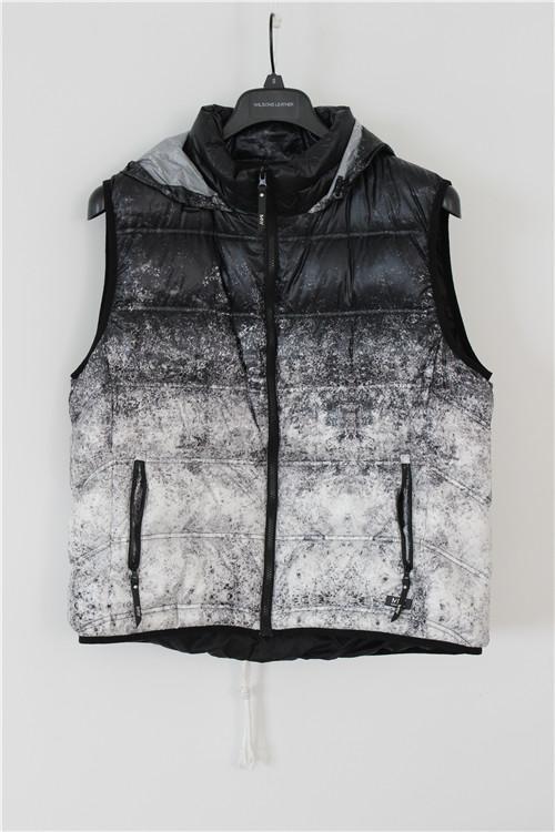Women's down vest for winter
