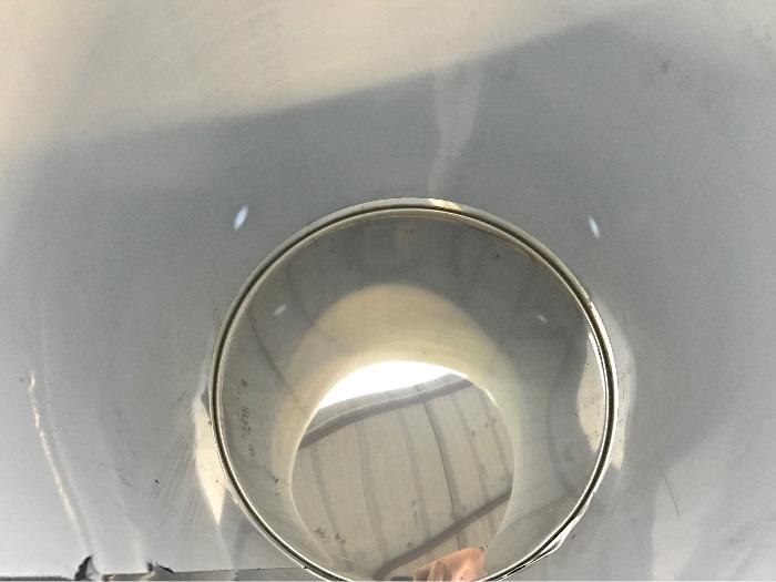 Tanque em aço inoxidável - 3 HL - Fundo plano - Tampa flutuante