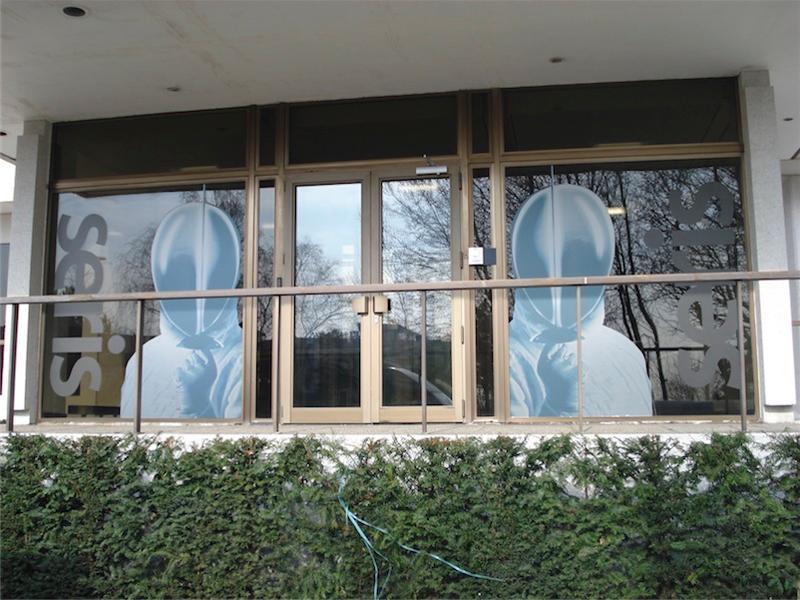 Habillage de vitrine - Signalisation extérieure