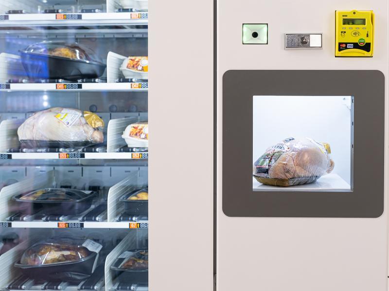 Distributeur de poulets et oeufs ROBOMAT24 -