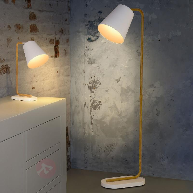 Lampadaire LED Cona en bois et métal - Lampadaires en bois