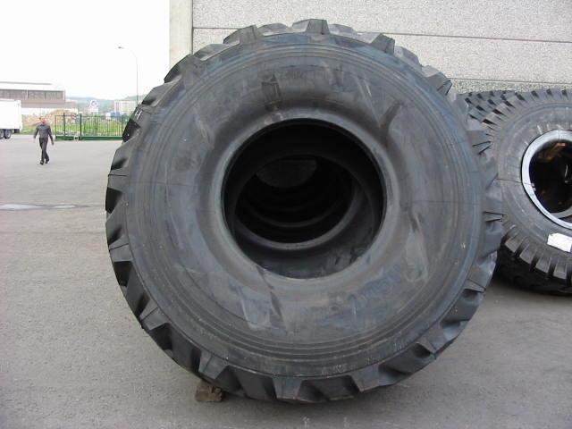 Truck tyres - REF. 33.25R35.MIC.XR