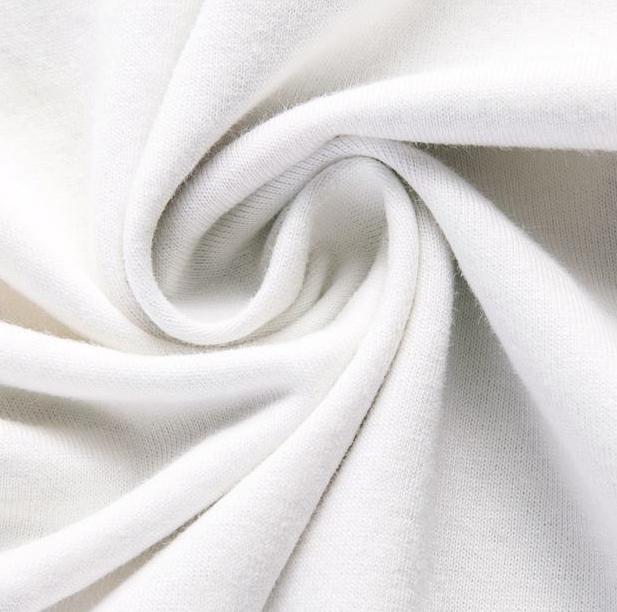 100% Baumwolle - gekämmt  / Bleichmittel