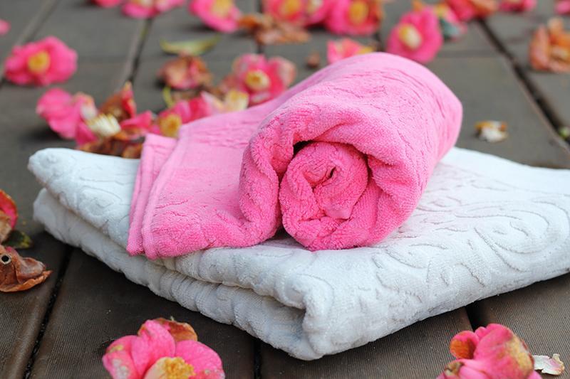 Velour Bath towels - null