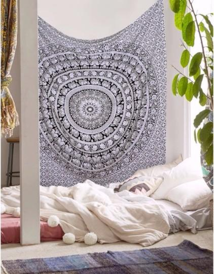New Beautiful Black & White Wall Hanging Decorative Tapestry