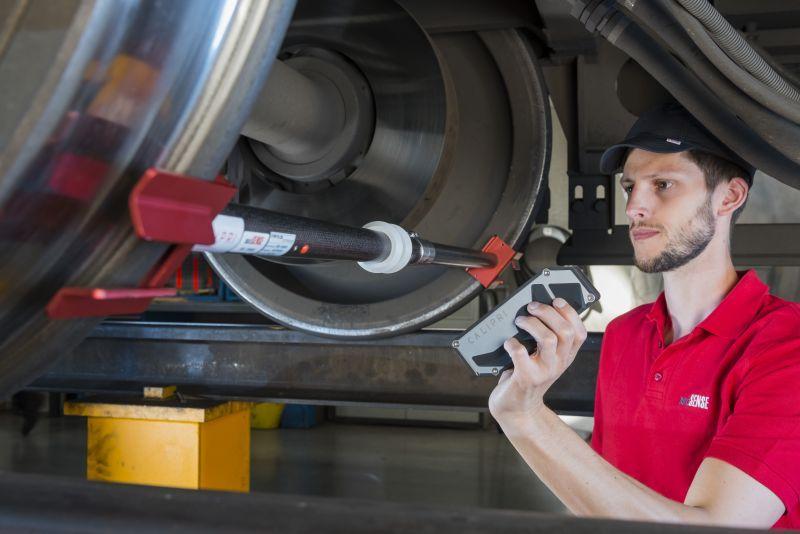 Moyen de mesure d'essieux montés CALIPRI C41/C42 - Moyens de mesure optiques de profil pour contrôler l'usure d'essieux montés