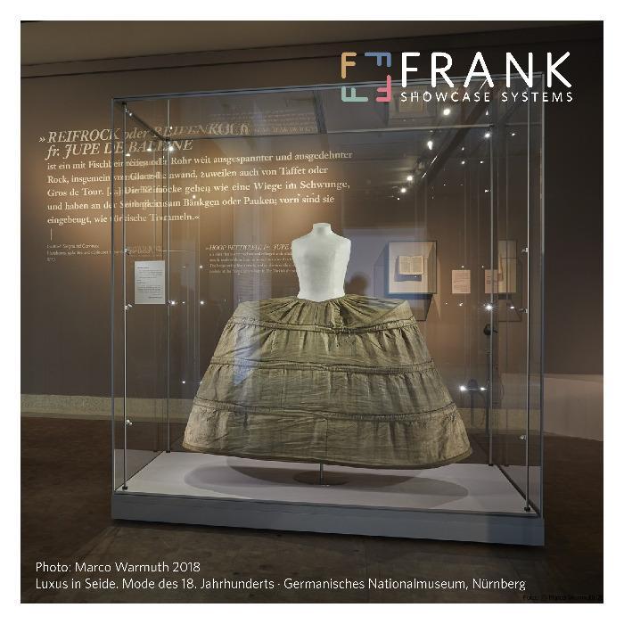 Vitrine FRANK - GLAS // Vitrines en verre - Des vitrines démontables en toute simplicité