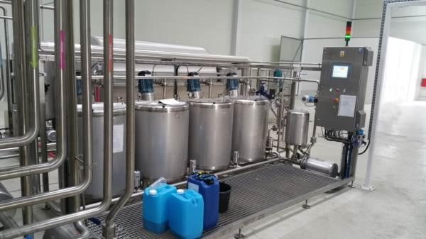 Fining agent preparation station (Dosing station) - Control system guarantees precise dosing of fining agents