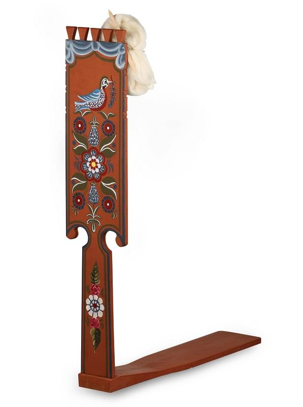 عجلة الغزل - منتج كامل الحجم، كما هو الحال في القرن التاسع عشر.