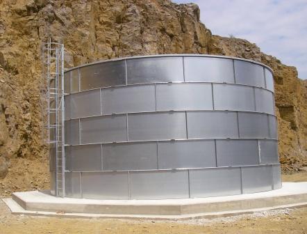 Tank of water 500 m3