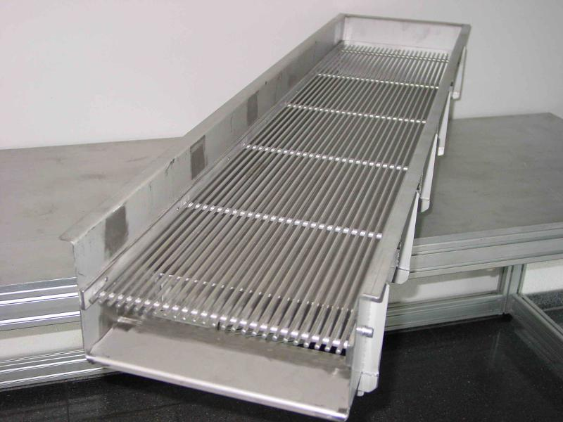 Small part conveyor drive - Drive technology