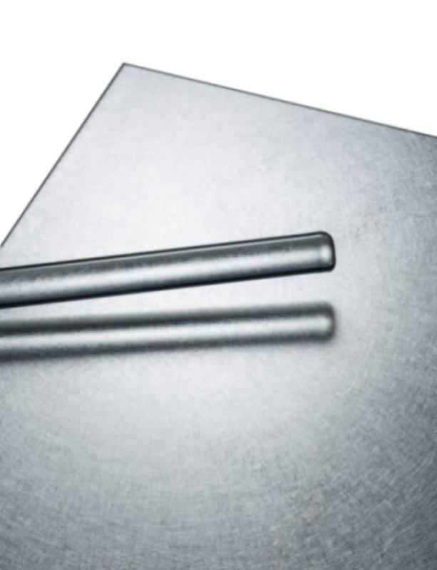 POHL Vibration Finish - Edelstahl-Oberfläche, unsystematisch, mit verschiedenen Intensitäten gebürstet