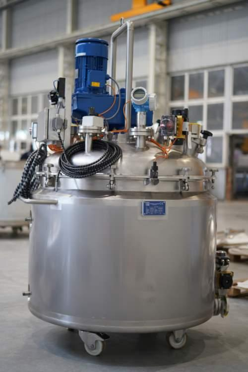 Stainless steel tank fabrication | stank production - tanks for food, chemical, pharmaceutical and cosmeticindustry
