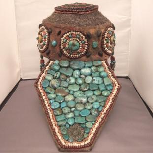 Ornements - Passementerie, turquoises et pierres diverses, Inde
