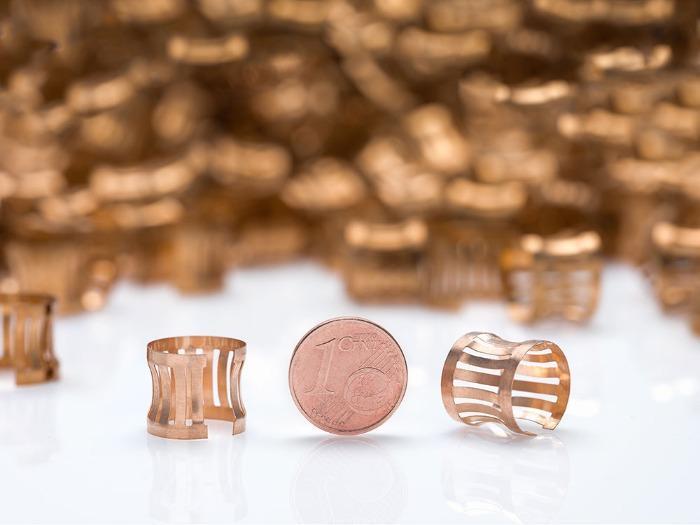 Emboutissage profond de métaux fins - Services pour produits