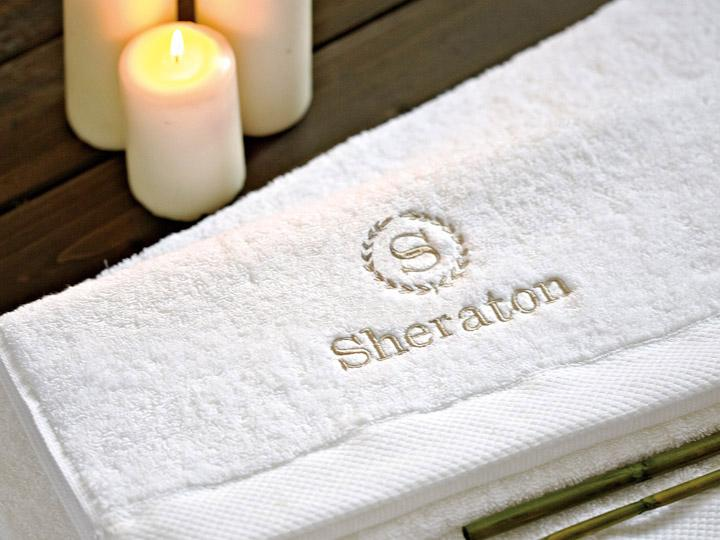 Embroidery bath towel