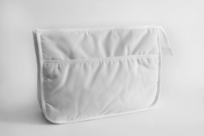 Trocador de fraldas e porta objectos para bebé -