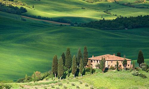 CARTOLINE DELLA VAL D'ORCIA San Quirico e Monticchiello - A sud della provincia di Siena, nella magnifica Val d'Orcia patrimonio Unesco