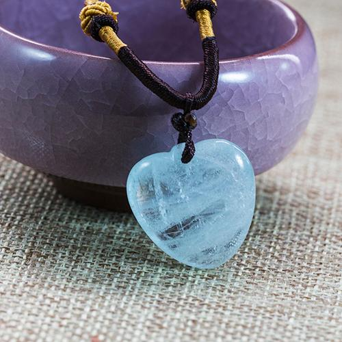 Natural aquamarine carved pieces peach heart-shaped pendant