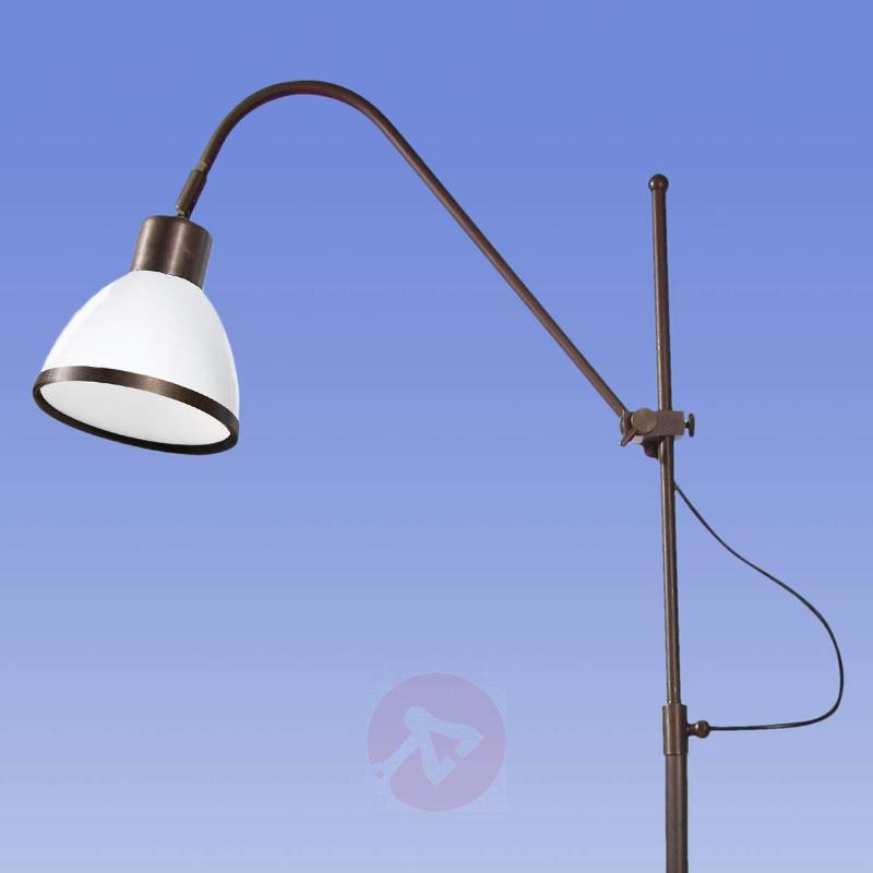 Rotatable and pivotable floor lamp Lorenia - Floor Lamps