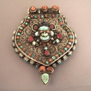 Ornements - Argent, coraux, rubis, turquoises, argent doré, lapis, Népal