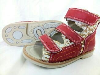 детская обувь - детские босоножки , высокий задник