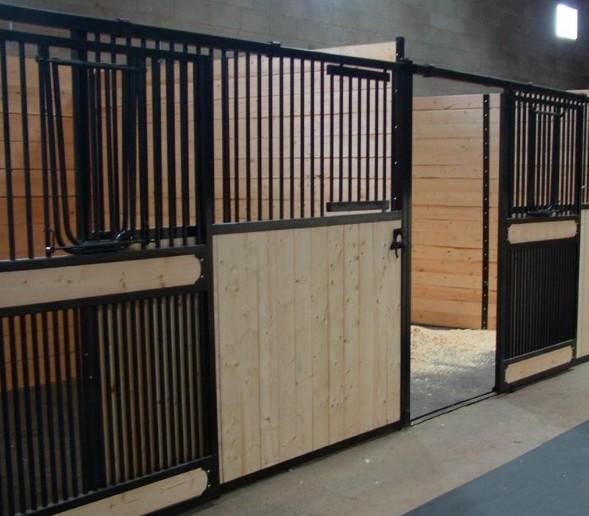 Horse Stalls Canada - European Internal Portable Horse Stall Panels