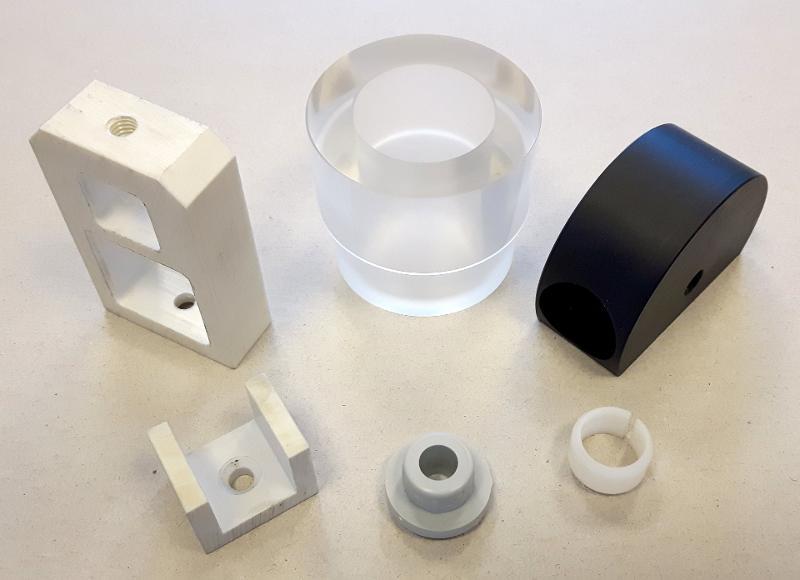 Realizzazione minuterie tornite per qualsiasi esigenza - Minuterie tornite in metallo e plastica in provincia di Treviso