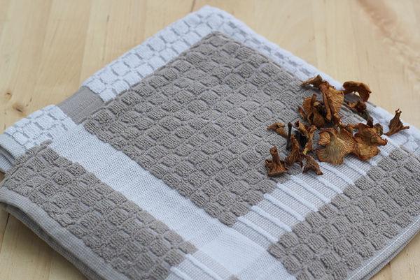 kitchen towel -