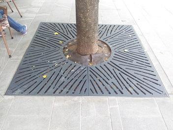 Metale outside equipment for streets  -  equipment for streets and squares with trash bins, benches