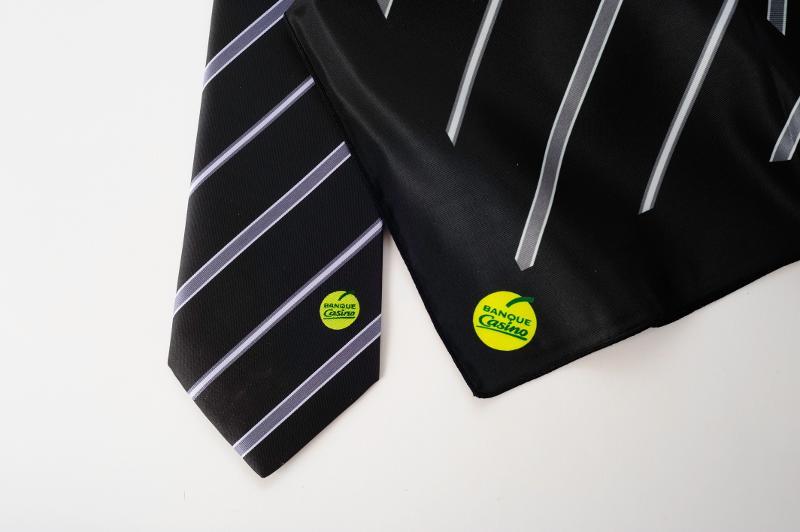 Coordonné cravate / foulard - null