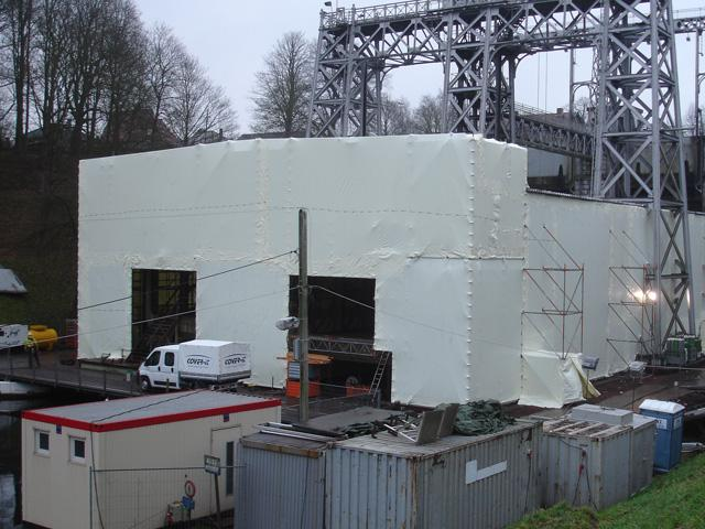 Scaffold cladding with certified LPS shrink foil - Scaffold shrink wrap sheeting