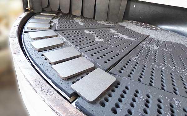 Śrutowanie stali i metali -