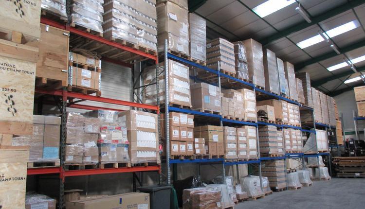 Logistique dédiée & services à l'industrie - null